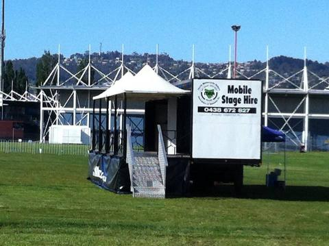 mobile stage for hire